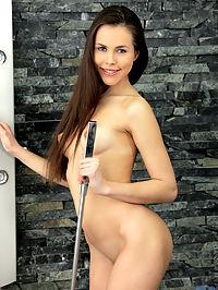 Nubiles.net Abril Gerald - Gorgeous amateur finger fucks her tight twat in the shower : Gorgeous amateur finger fucks her tight twat in the shower