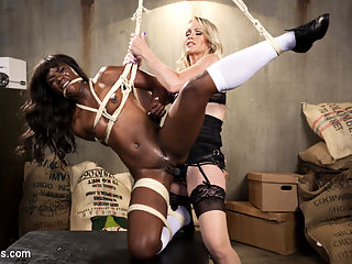 Big Tipper : Hot MILF customer Simone Sonay pervs out on sexy barista Ana Foxxx every time she buys her latte. When the opportunity to get Ana alone presents itself, Simone takes full advantage with spanking, flogging, finger banging and pussy strap-on fucking. Simone makes Ana service her with pussy licking and a multiple orgasmic pussy and anal strap-on!