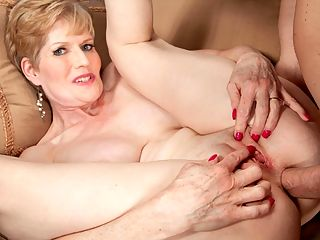 American gilf sindee dix will show you what she likes most 5