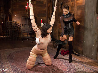 Felony Returns! : Pink the pain slut visits brutal dominatrix Felony for a session filled with flogging, spanking, rubber band snapping, strap-on fucking, and intense wax play before turning her into her pleasure slave demanding pussy licking, anal fucking and powerful squirting orgasms!