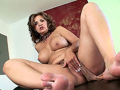 Laceys legs and feet : This is for all you legs and feet lovers out there. Lacey Grant is a 45-year-old mother of two who knows how to work her hot, tight body. Shes had enough men worship her to know what thats all about. So get on your knees, buddy. Make love to Laceys legs and feet. You might never get another chance like this again.br