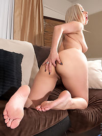 Anilos.com Alanaluv - Naughty blonde cougar finger fucks her shaved pussy until she gets off : Naughty blonde cougar finger fucks her shaved pussy until she gets off