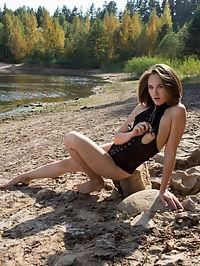 Beautiful and Kinky : Beautiful and Kinky featuring Mira V by Shane Shadow