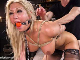 Big Tit Anal Hostage : When big tit blonde Lexi Lowe is taken hostage by Bill Bailey, she finds herself submitting her anal treasures to the big dick thief. Lexis fine ass takes a brutal pounding and her big beautiful tits tantalize and bounce with every thrust as Bill takes full advantage of his helpless anal hostage.