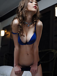 Presenting Mila Azul : Mila Azul Presenting Mila Azul by Arkisi