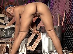 Cum For Me : Being watched makes me horny, says caramel queen, Calisyn Heart. There are men who beg to watch me play with my pussy and touch my tan, little toes so that they can pleasure themselves. I love it. Sometimes I will put on a show for more than one man at a time so that they sit next to each other--all lined up in a row--and stroke their cocks in front of me. I rarely ever let them spill their cum on my feet when they are alone with me, but sometimes, just for fun, I tell them to all cum on my feet at the same time when theyre all together. Its sexy having so much cum on my feet at one time and there are always volunteers who want to lick them clean afterwards.