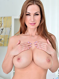 Anilos.com Carolgold - Cock hungry mommy finger fucks her nice shaved pussy until she drips : Cock hungry mommy finger fucks her nice shaved pussy until she drips