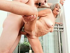 image Darias hot pussy in action