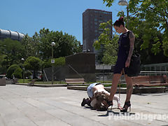 Demure Pain Slut Humiliated : Slivia Rubi and Steve Holmes have their way with the demure pain slut Gemma Gomory. Silvia canes Gemmas ass over a park bench and makes Gemma pretend shes a pig. With a pigtail butt plug up her ass she searches for her food on her hands and knees from nearby diners. Later in a restaurant we find Steve Holmes and Joel Tomas taking turns fucking Gemmas pussy and ass while strangers take turns pinching her nipples and scratching her back until she comes over and over.
