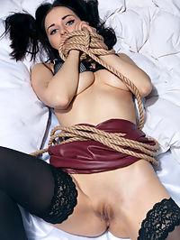 Rope : Rope featuring Eva Kahil by Higinio Domingo