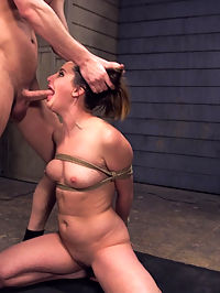 Anal Vandal : When cute but tough vandal Hope Howell gets caught spray painting a dick on the side of the Armory, Security Guard Seth Gamble captures her and vandalizes her ass into submission. With deep ass pounding, pussy fucking, bondage, flogging, zapping, gags and rough blow jobs.