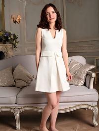 Presenting Lizette : Lizette Presenting Lizette by Paromov