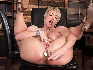 Getting to know Dee Williams inside and out : First, we get to know Dee Williams, a 40-year-old wife who lives in Las Vegas with her husband. Then we get to watch this super-horny, big-titted blonde play with her pussy and stuff a butt plug up her tight, super-sensitive ass.br br When it comes to sex, she said, I love all the things. You name a kind of sex, I pretty much like it. I love super-romantic sex. I also love bondage and sex. Thats a great combination. And I also love rough sex. The thing I love most about sex is intensity. Fast doesnt mean intense. You can go slow and still bring a lot of connection and intensity.br br Dee enjoys doing Brazilian Jiu-Jitsu. She plays piano and loves to cook. She loves watching pro football. Her teams are the Dallas Cowboys shes from Texas and the Buffalo Bills. She describes her perfect day as getting outside for a couple of hours in the morning to enjoy the beauty then spending the afternoon in my house making wonderful food and maybe having an afternoon delight.br br How does a man get her attention?br br Catch my eye across the bar and give me a little wink. Offer to buy me a drink. Say funny things that make me laugh. After that, Im yours!
