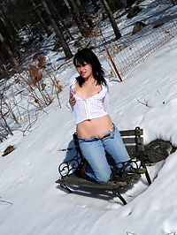 SpunkyAngels Emily Love shows off her perky tits and shaved pussy as she exposes herself on a cold winter day : Emily Love shows off her perky tits and shaved pussy as she exposes herself on a cold winter day