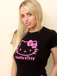 SpunkyAngels Busty blonde babe Holly loves to show off her big natural tits as she lifts her hello kitty shirt : Busty blonde babe Holly loves to show off her big natural tits as she lifts her hello kitty shirt