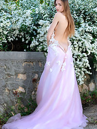 Fantasy Bride : Elle Tan Fantasy Bride by Matiss