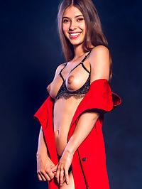 Sexy Striptease : Avery Sexy Striptease by Alex Lynn