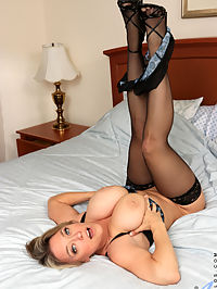 Anilos.com - Ass And Titties added to Anilos.com : Anilos - Ass And Titties featuring Dee Williams. Added On Dec 12, 2019 Description Dee Williams is an all-American babe who knows that shes got it and just loves to flaunt it. She teases with peeks of her giant knockers and her slim figure. Once she starts playing with herself, her fingers wont stop working her tits and clit until this mommy is moaning!