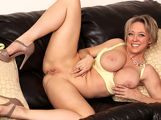 After The Party : We love Dee Williams and her incredible mature body! This horny cougar is on the prowl as she shows off the way her panties ride into her slim ass. Between the heft of her incredible breasts and the slimness of her body, this lust ridden milf is ready to impress and seduce at the same time.