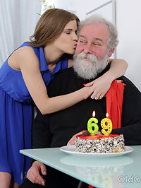 Yummy babe congratulates an old man with sex : Beautiful sweetie visits her old friend, brings him a special cake and opens her three holes for himRead more!