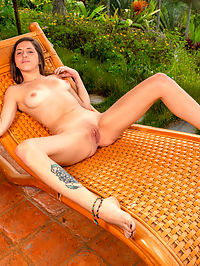 Nubiles.net - Pleasing In Paradise added to Nubiles.net : Nubiles - Pleasing In Paradise featuring Alice Violette. Added On Dec 21, 2019 Description Hanging out on the patio is the perfect place for Alice Violette to get naked and enjoy some outdoor masturbation! She takes her time stripping, making sure to give her perky all naturals and her firm ass the loving they need. Once her talented fingers start in on her clit, though, its a one-way trip to orgasm city.