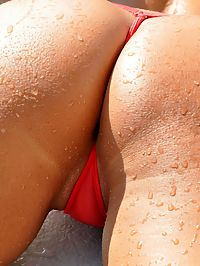 Hairy Arms - Wicked Weasel Red : Hairy Arms - Wicked Weasel Red