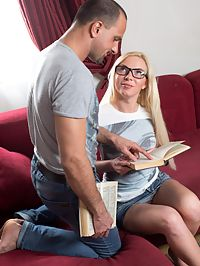 Angie Anal : Angie is not afraid to try some anal sex with her boyfriend