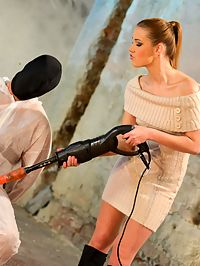Femdom Handjob : Men is tied up, blinded and wanked until he cums hard