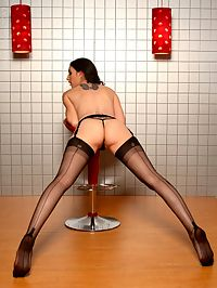 Natalie Minx99 : Natalie Minx peels down her stockings and pleasures her hungry wet hole!