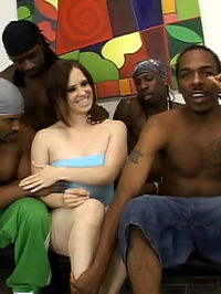 Black gangbangers bag a poor white chick lost in the hood