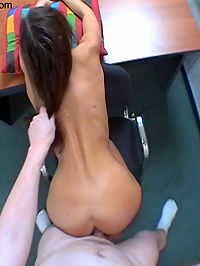 Joy : Teens ass is stretched open before anal cumshot