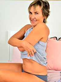 Anilos.com - Mature Squirter added to Anilos.com : Anilos - Mature Squirter featuring Lillian Tesh. Added On Jan 6, 2020 Description Lillian Tesh knows how to make herself squirt and shed like to show you the ropes. She begins by feeling herself up in the bedroom, then strips slowly so she can fondle her firm breasts and big hard nips. When she slips out of her panties, she finger bangs her slippery cunt until she cums everywhere.
